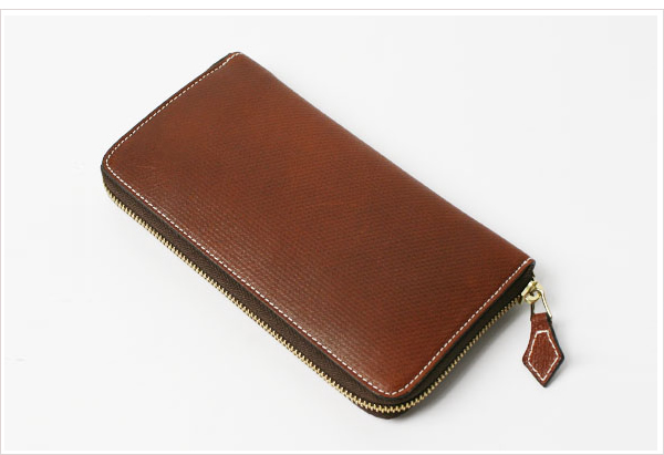 シセイ(チセイ)の財布
