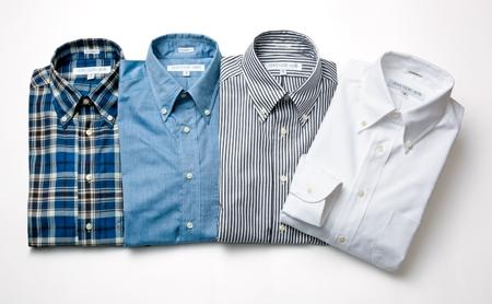 ボタンダウンのシャツ例